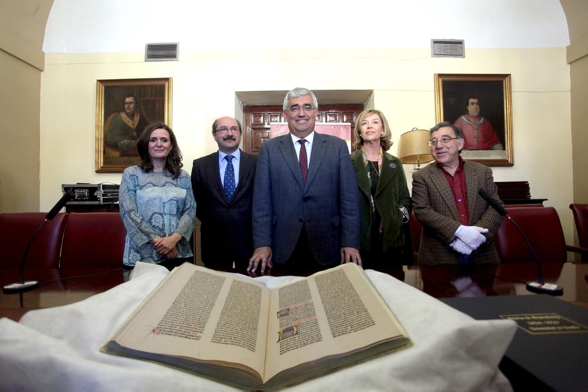 La Biblia de Gutenberg se custodiará en una cámara de seguridad aunque podría exponerse puntualmente