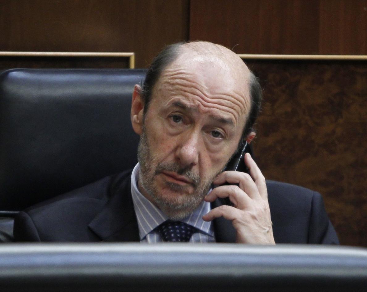 El PP ve «chocante» que el comisario Villarejo tenga tantas empresas y aconseja pedir explicaciones a Rubalcaba