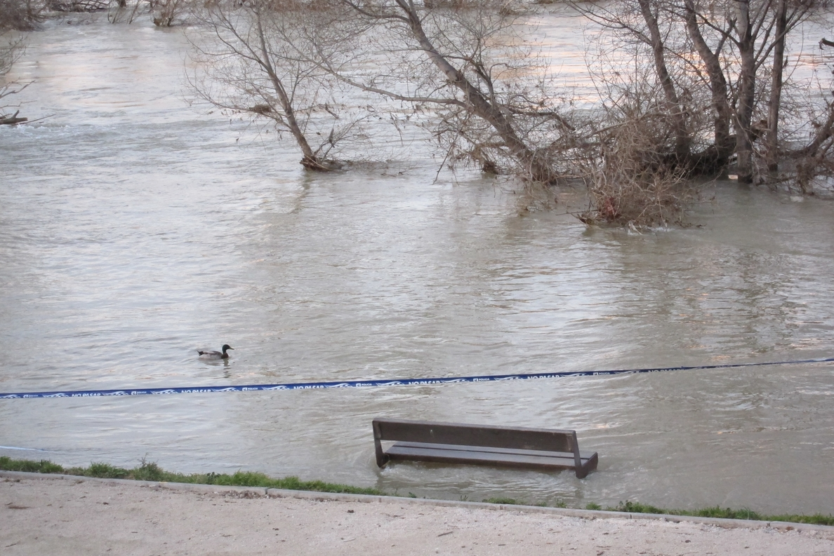 PSC acusa al Gobierno de desertar en la gestión de los ríos y dejar en la «indefensión» a los afectados del Ebro
