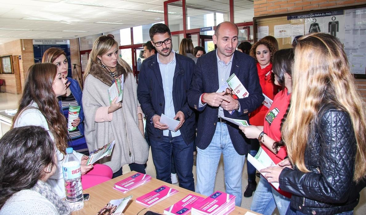 El PSOE no aplicará el modelo 3+2 en Educación y garantiza igualdad de oportunidades en universidades