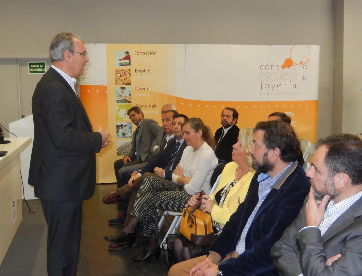 El PSOE impulsará una estrategia de marca para favorecer las exportaciones del sector joyero