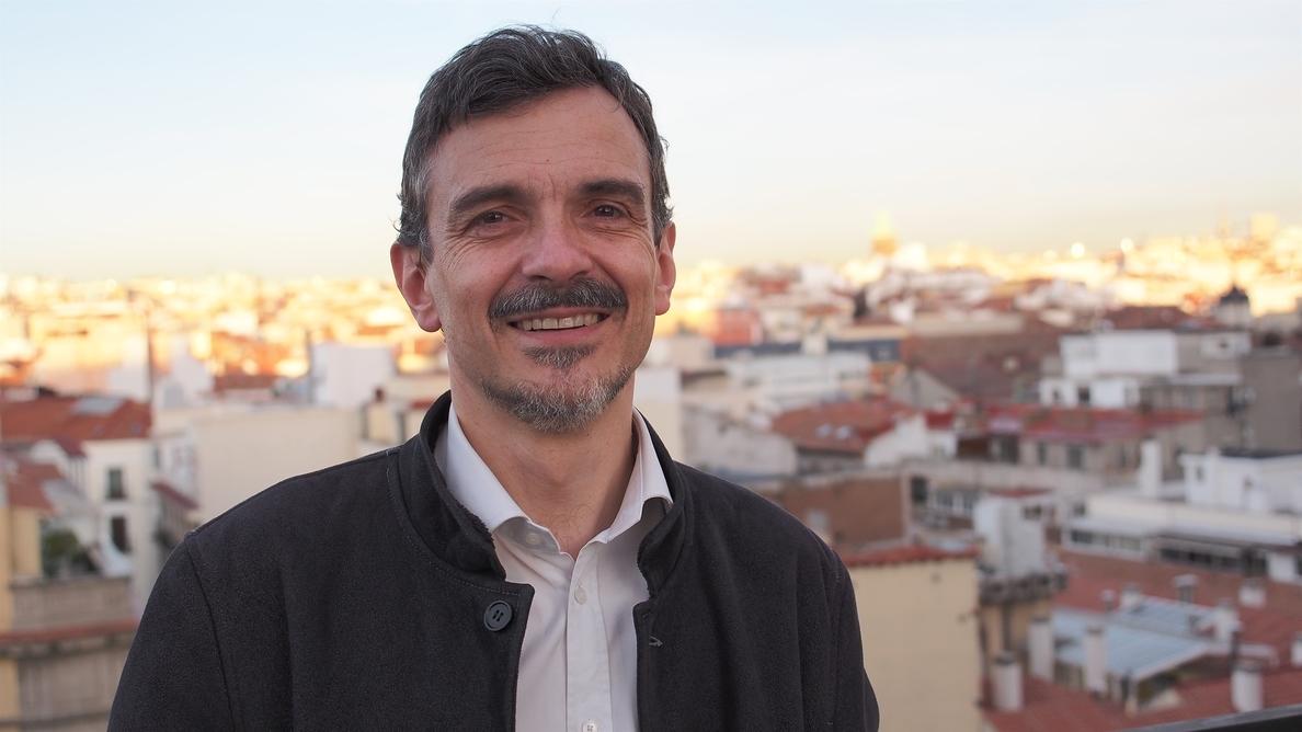 Podemos ficha a dos excolaboradores del PSOE para encabezar las listas al Ayuntamiento y Comunidad de Madrid