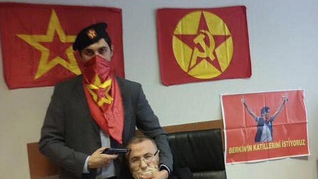 Muere el fiscal secuestrado en Estambul y sus dos secuestradores