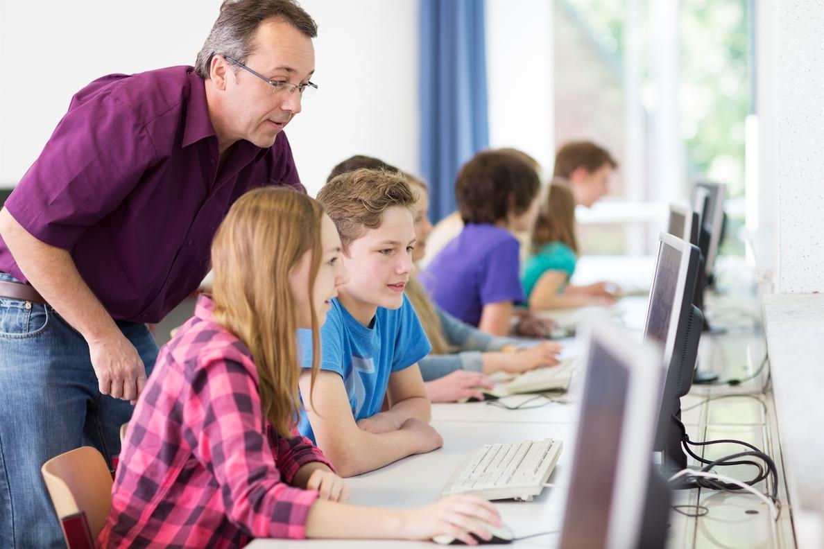 Un grupo de investigación de la UPV/EHU desarrolla un sistema para mejorar el aprendizaje combinado
