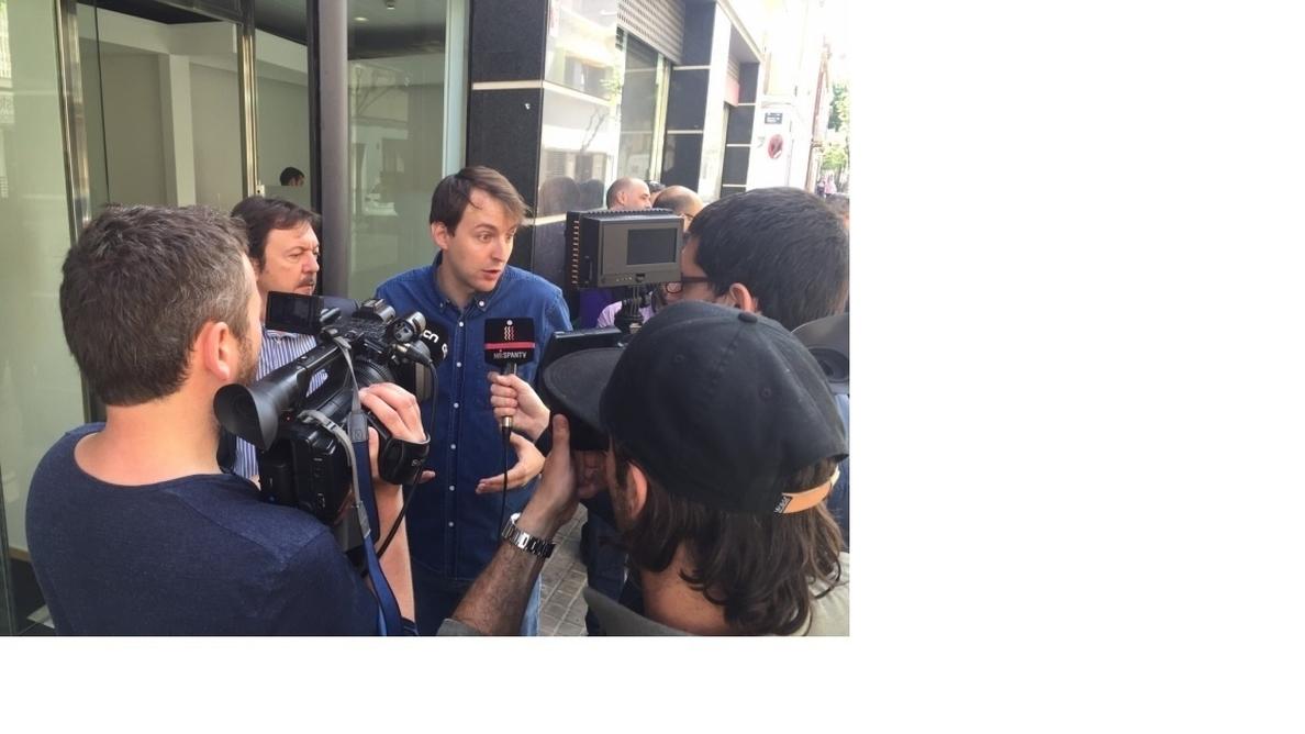 El PSC lleva a Bruselas las actitudes «xenófobas» de Albiol (PP) en Badalona