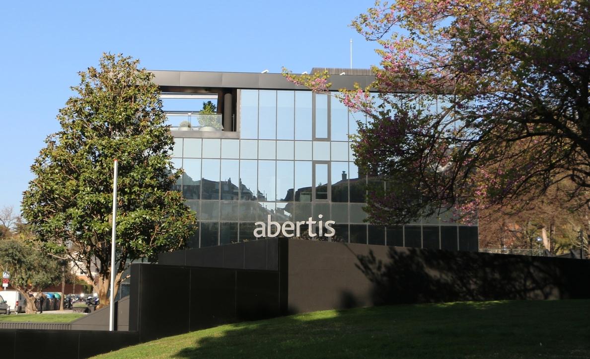 Abertis gana un 7% más por el repunte del tráfico en las autopistas