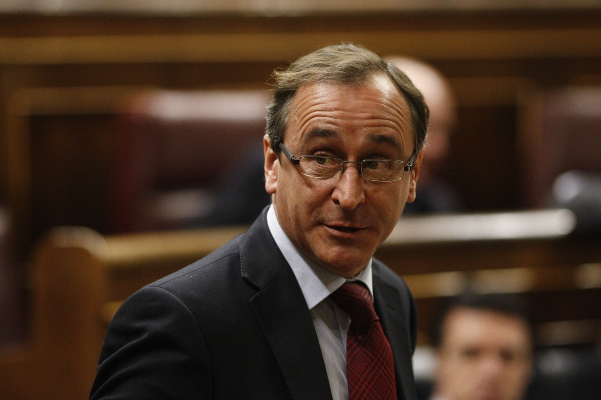Alonso defiende la Ley del Tercer Sector, que «no pretende diluir la responsabilidad del Estado» en estas funciones
