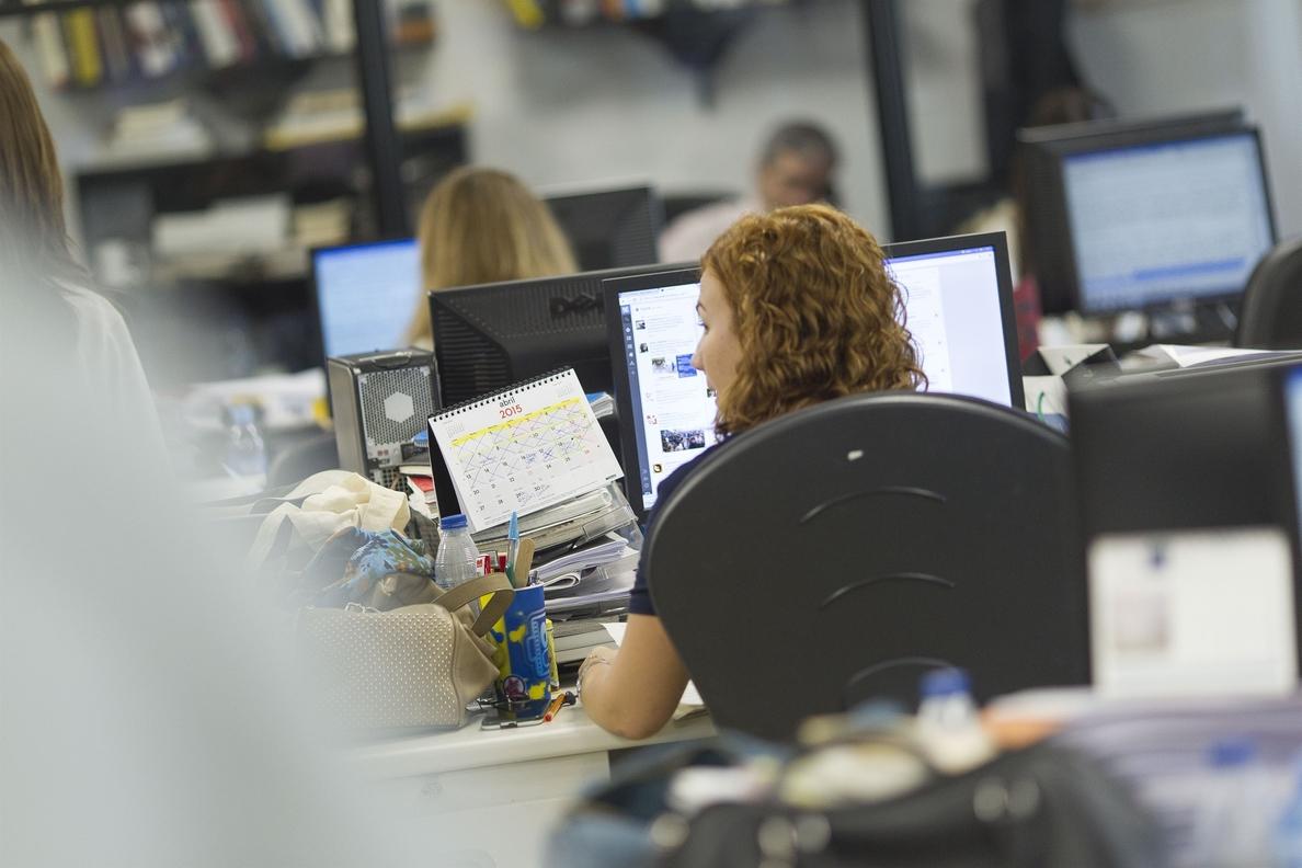 Bruselas pide a España «medidas estructurales» para reducir déficit y vincular salarios a productividad