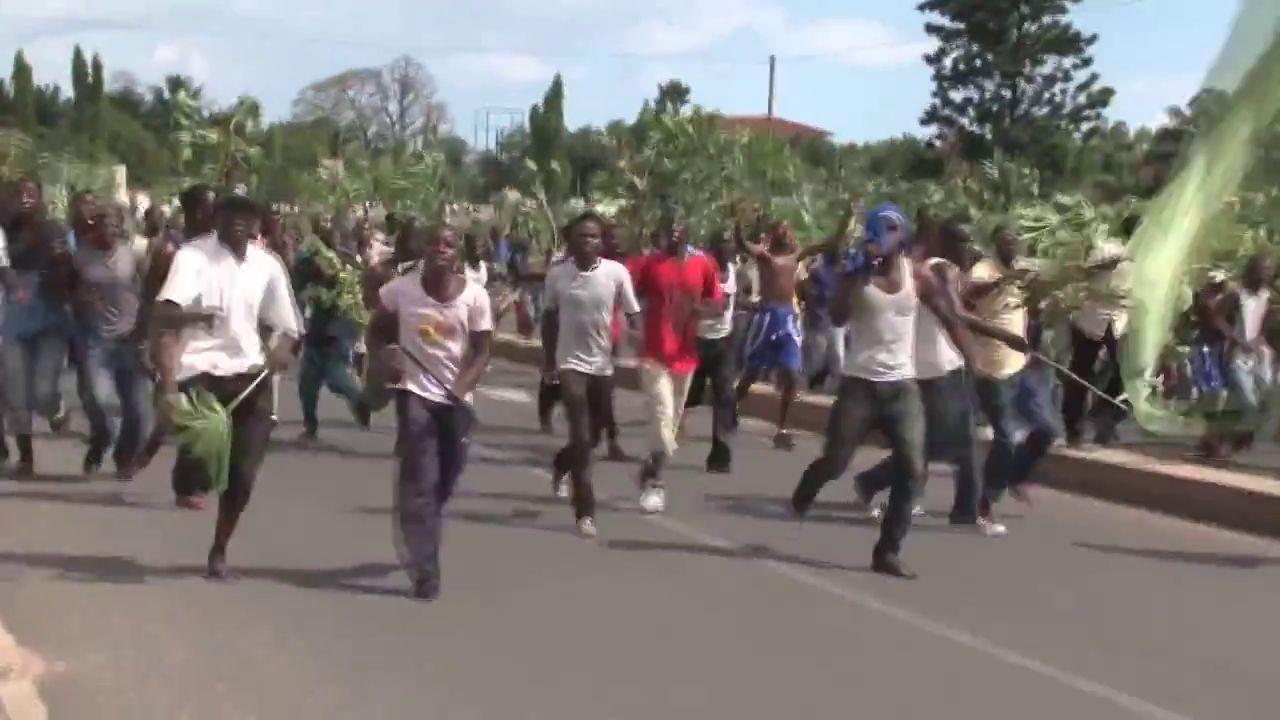 Un general de Burundi anuncia la destitución del presidente Nkurunziza en la radio