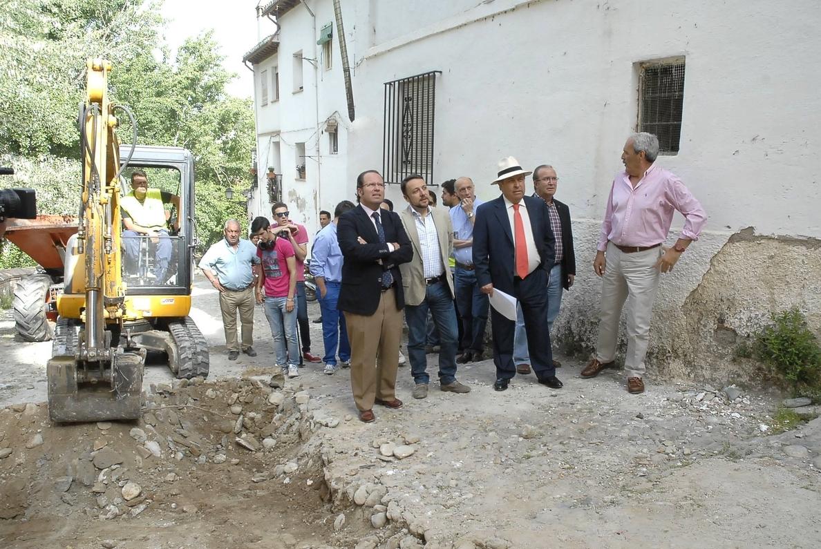 El alcalde de Granada exige a la Alhambra que no «obstruya» proyectos de la ciudad «manteniendo silencio»