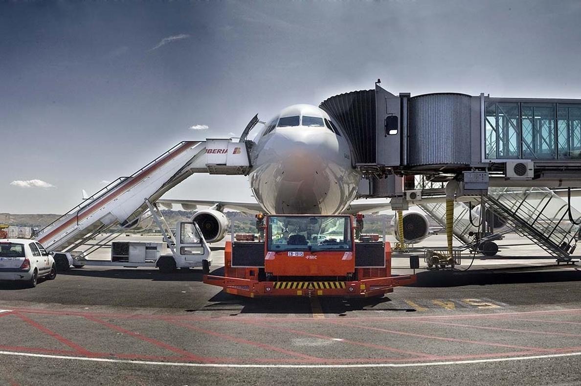 Iberia, Globalia, Swissport y Avipartner acaparan licencias en el concurso de »handling»