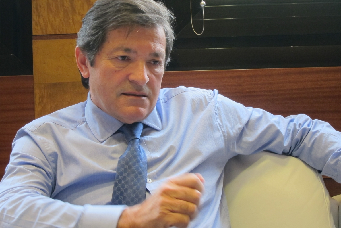 Javier Fernández propone crear un gran cluster del metal que sirva de motor de desarrollo de la industria