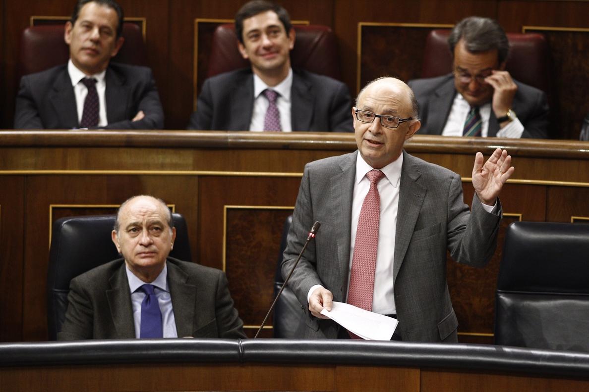 Montoro acusa al PSOE de «enfangar» y «embarrar» por denunciar en el Congreso la corrupción del PP valenciano