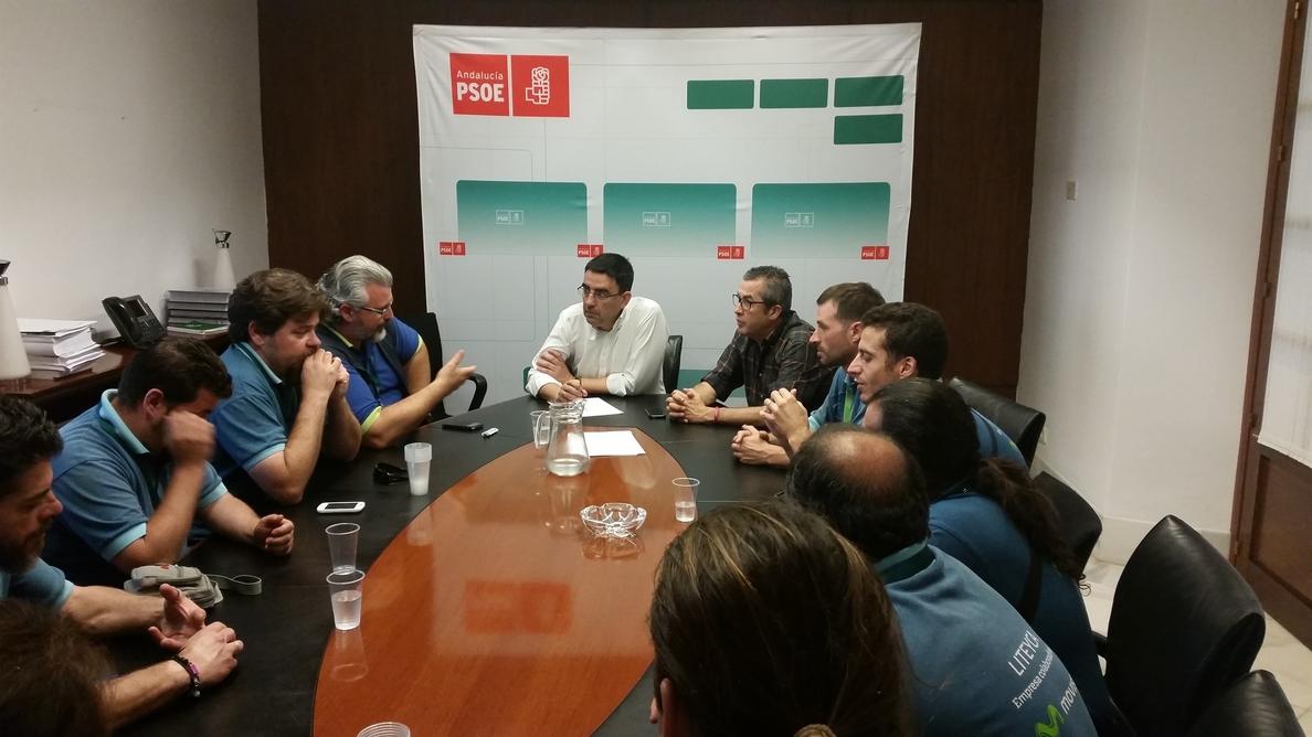 PSOE-A recoge las reivindicaciones de los trabajadores en huelga de Movistar