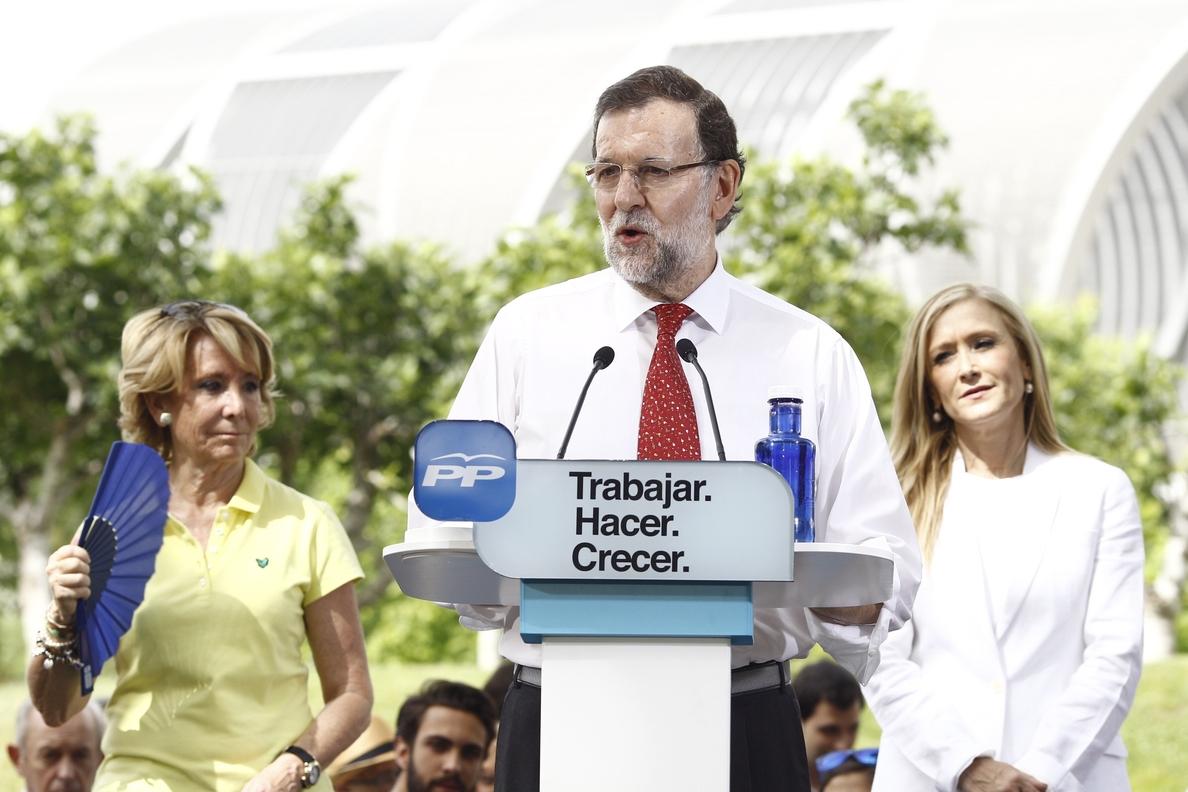 Rajoy pide votar al PP en su carta de »mailing» porque España ha cambiado aunque no se sienta aún «en cada casa»