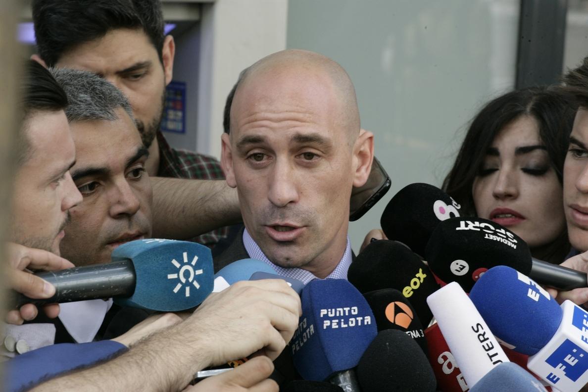 Rubiales denuncia presiones de algunos clubes a sus futbolistas para desmarcarse de la huelga