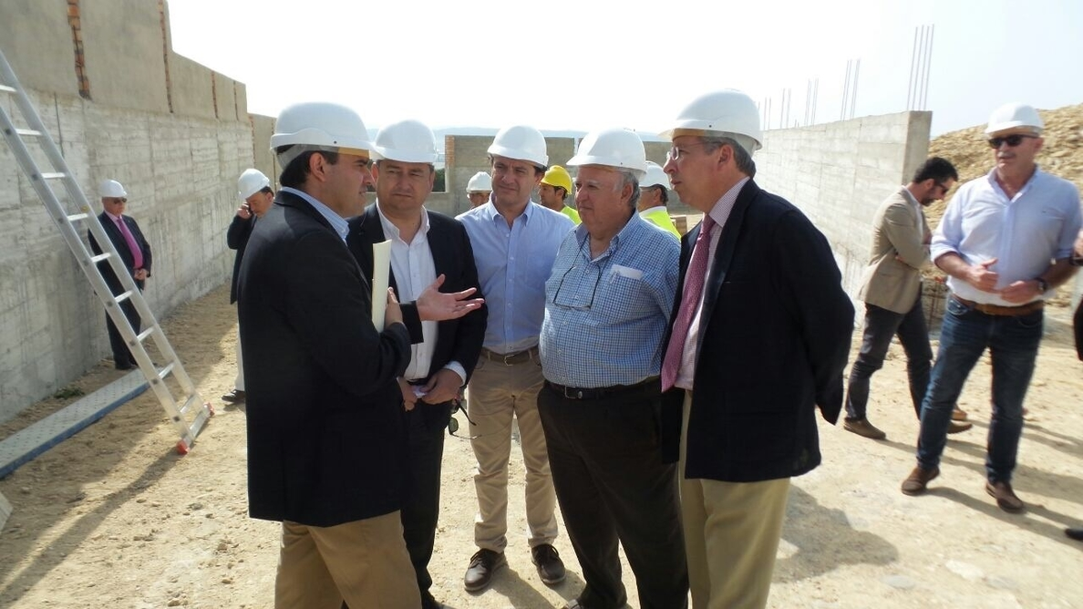 Sanz confirma que el nuevo centro de negocios de la Zona Franca…