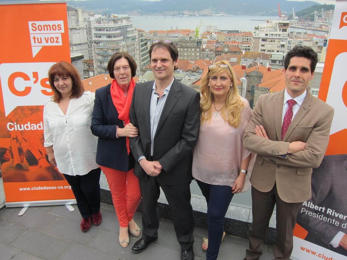 La nueva candidata de C»s Vigo afirma que la renuncia de Portela no afecta a la campaña y están «más unidos que nunca»