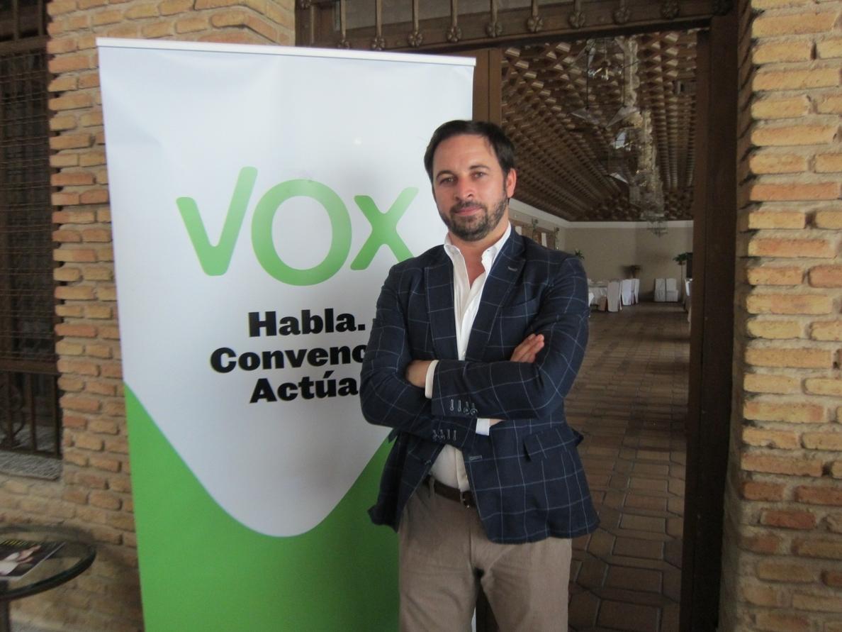 El candidato regional de Vox critica que un mileurista sea «un dosmileurista atracado por el Estado»
