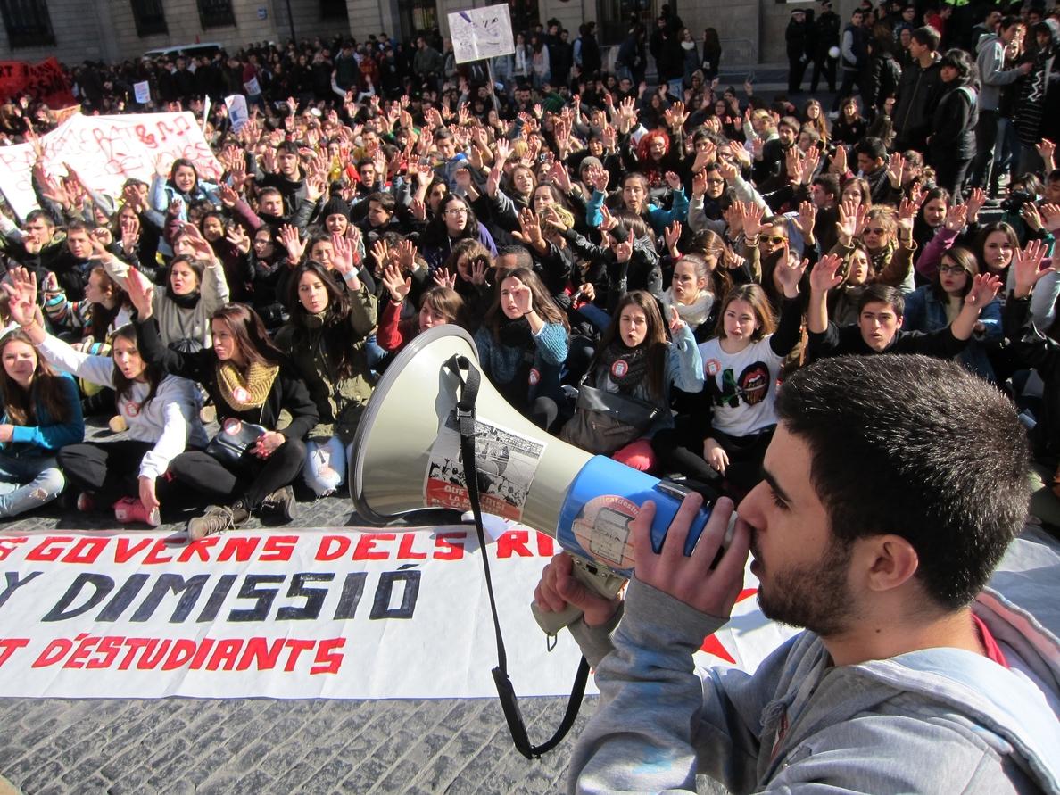 Los estudiantes catalanes están llamados este jueves a la huelga contra el decreto 3+2