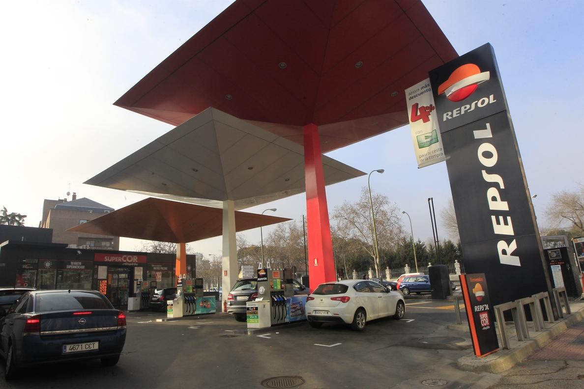 El gasóleo repite máximo anual tras subir un 0,3% durante la semana