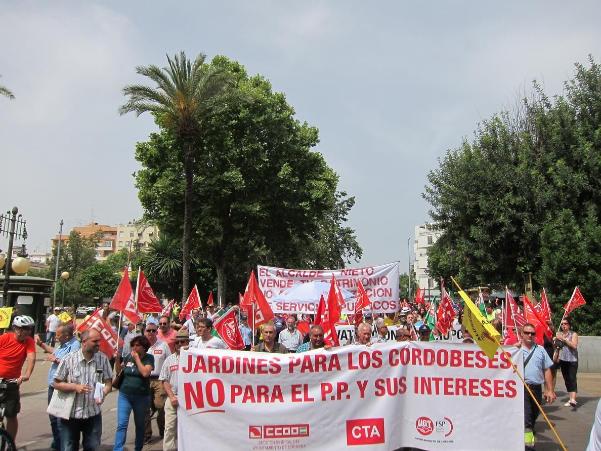 Los sindicatos cifran en el 92% el seguimiento de la huelga de los trabajadores municipales