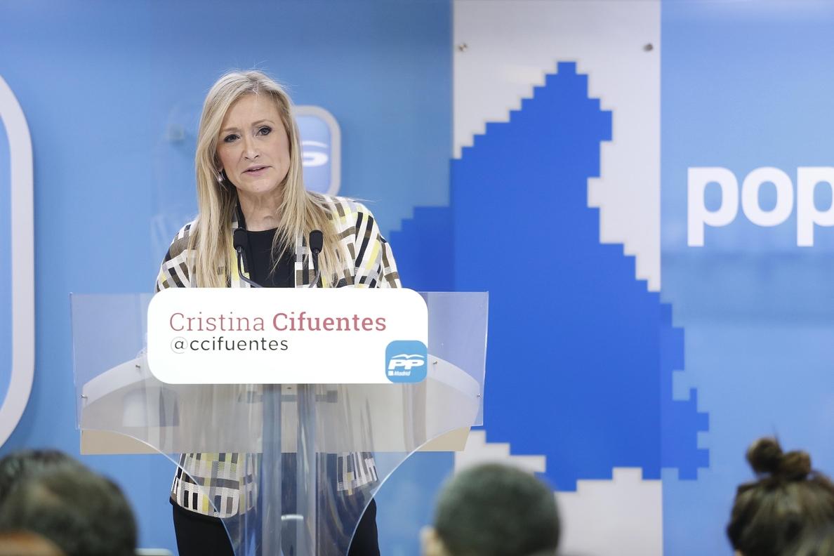 Cifuentes defiende el proyecto «nuevo» que presenta frente a la «ceremonia de confusión de ideas» del resto