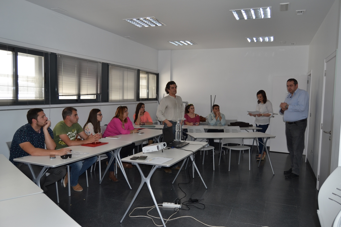 Un curso de enoturismo en Zafra (Badajoz) enseñará a 16 alumnos estrategias de promoción del vino en bodegas
