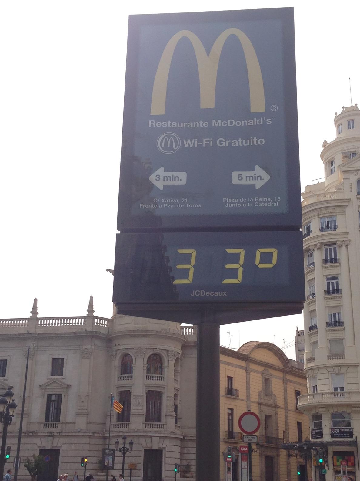 Las temperaturas bajarán hoy estrepitosamente aunque seguirán algo por encima de lo normal
