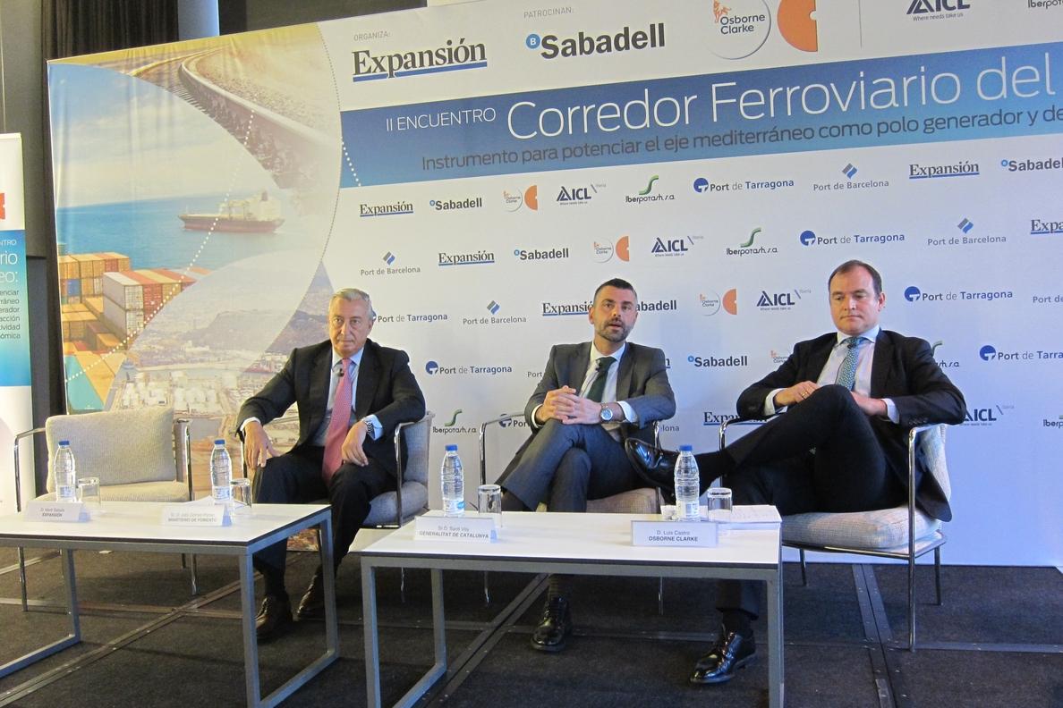 El Corredor Mediterráneo estará en funcionamiento a principios de 2016, según Fomento