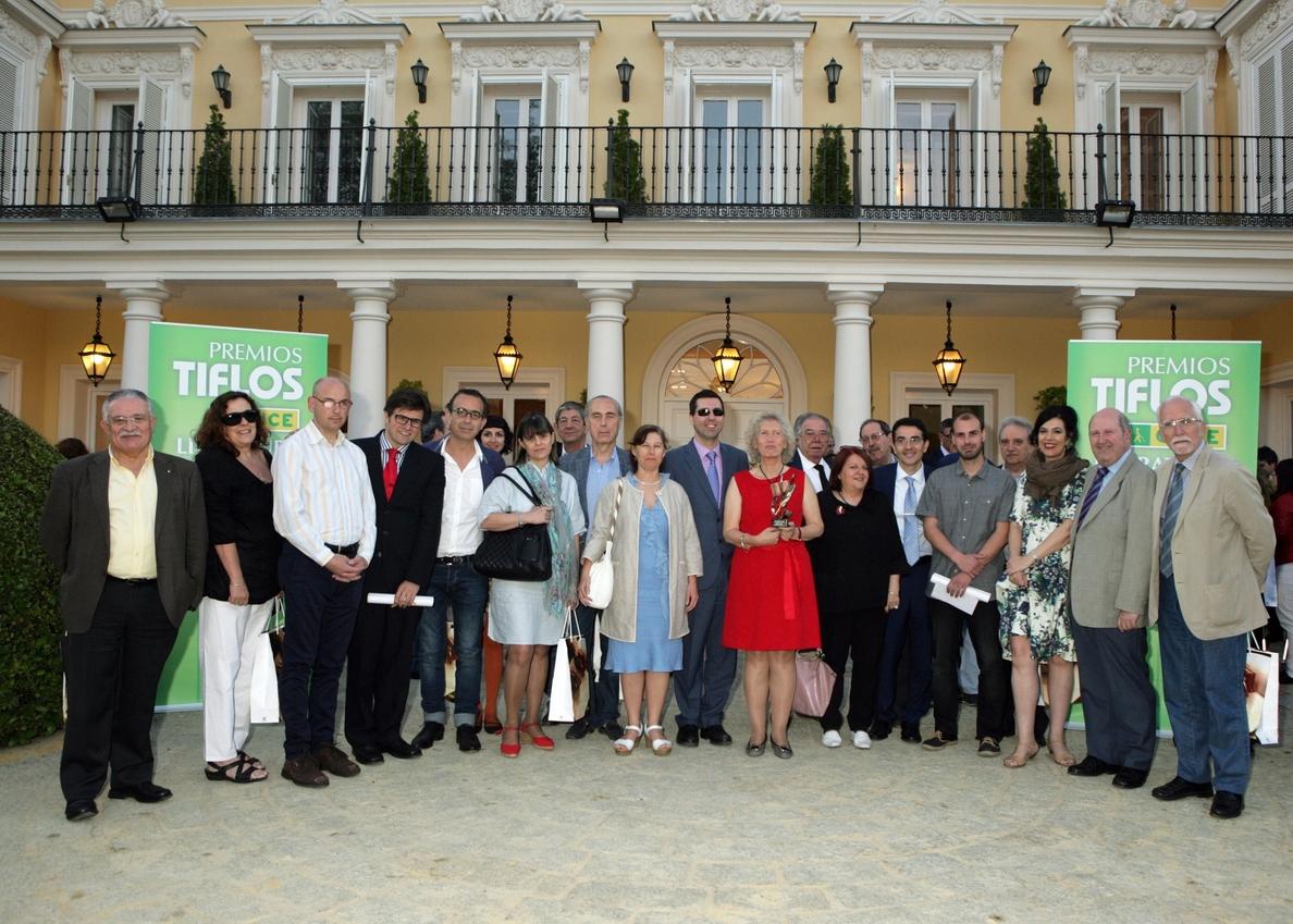 Los escritores Diego Doncel, César González y Juana Cortés recogen los Premios Tiflos de Literatura 2014 de la ONCE