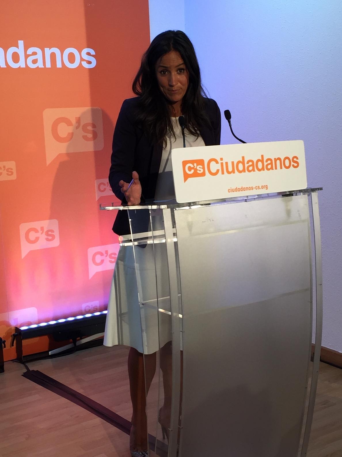 Villacís estudiará el »gobierno de concentración» propuesto por Aguirre al ser «mejor con Manuela que en contra»