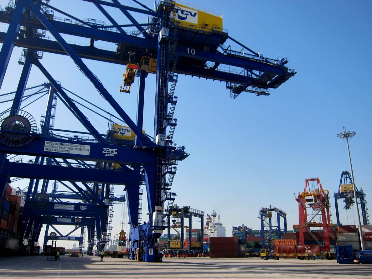 La Autoridad Portuaria de Valencia crece un 10,41% en tráfico y un 18,07% en contenedores en el primer cuatrimestre