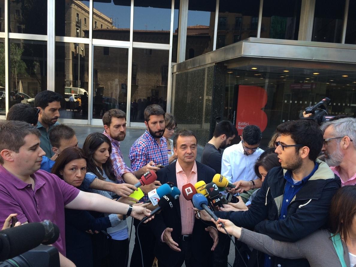 Bosch (ERC) rechaza un pacto que impida a Colau (BComú) ser alcaldesa