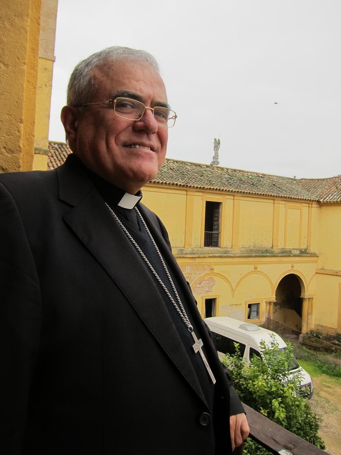El obispo de Córdoba advierte de que las clases de Religión «se obstaculizan lo más posible»