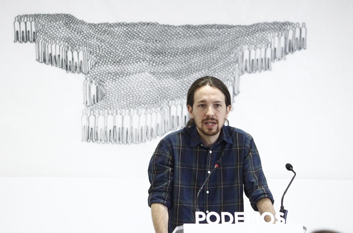 Iglesias avisa a IU de que Podemos no será su «balsa de salvamento» sino el «paraguas referencia del cambio»