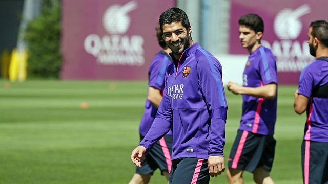 Suárez sigue entrenando con normalidad a la espera de recibir el alta médica
