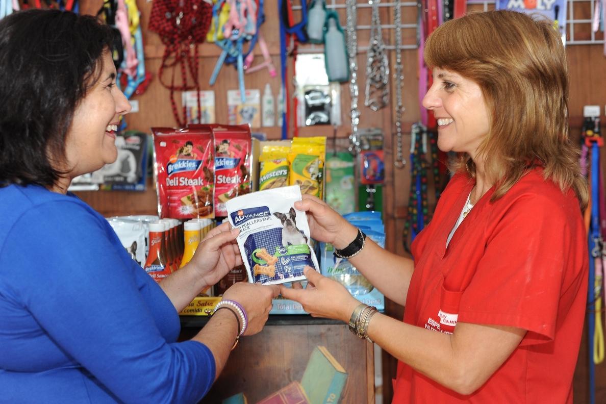 Las ventas del comercio minorista suben un 5% en Canarias en abril
