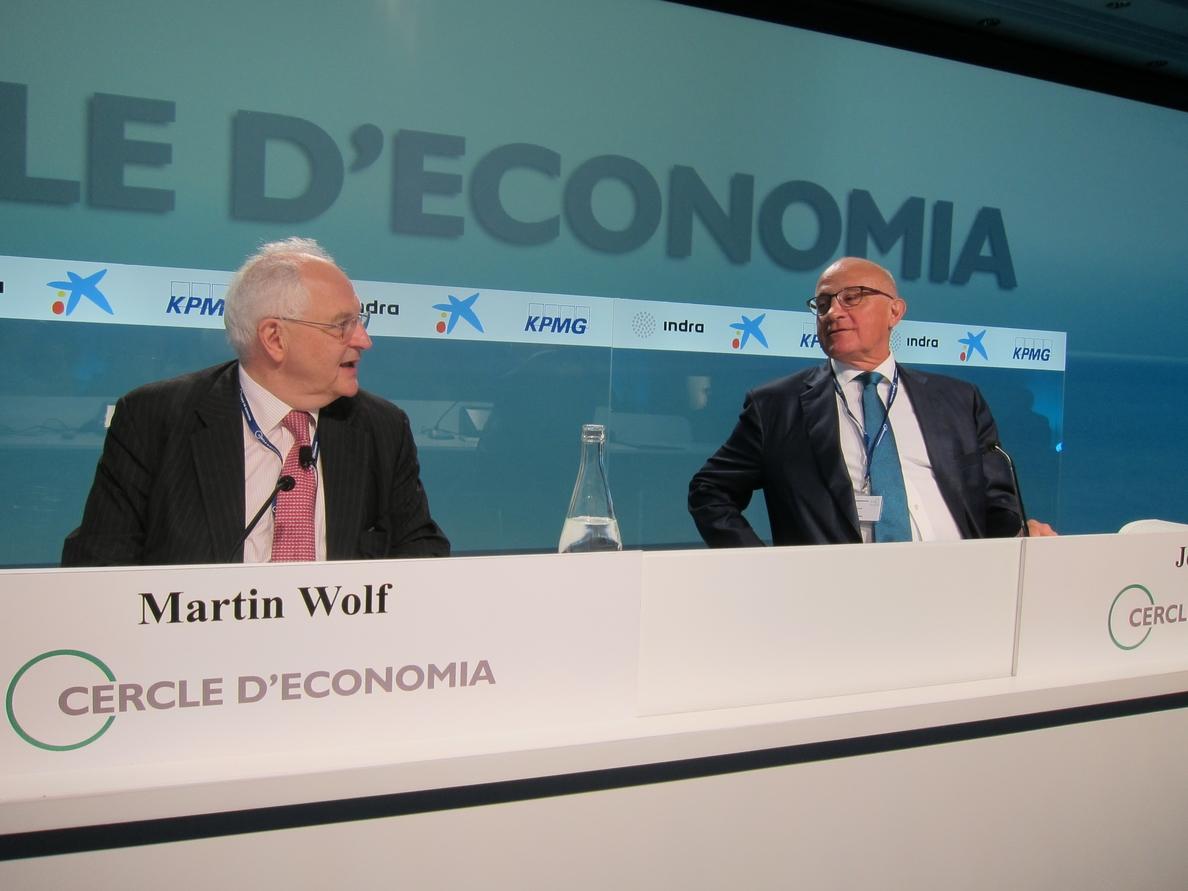 Wolf (FT) dice que España ha hecho los deberes y volverá a la situación precrisis en 2017