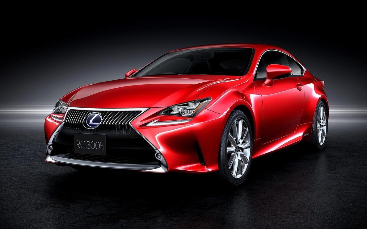Lexus presenta su nuevo RC 300h
