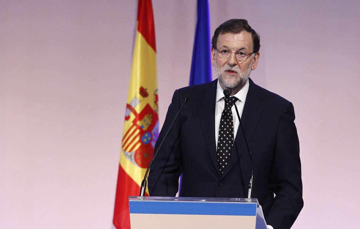 Rajoy dice que «pase lo que pase» en Grecia, el euro «seguirá adelante con España como parte importante»