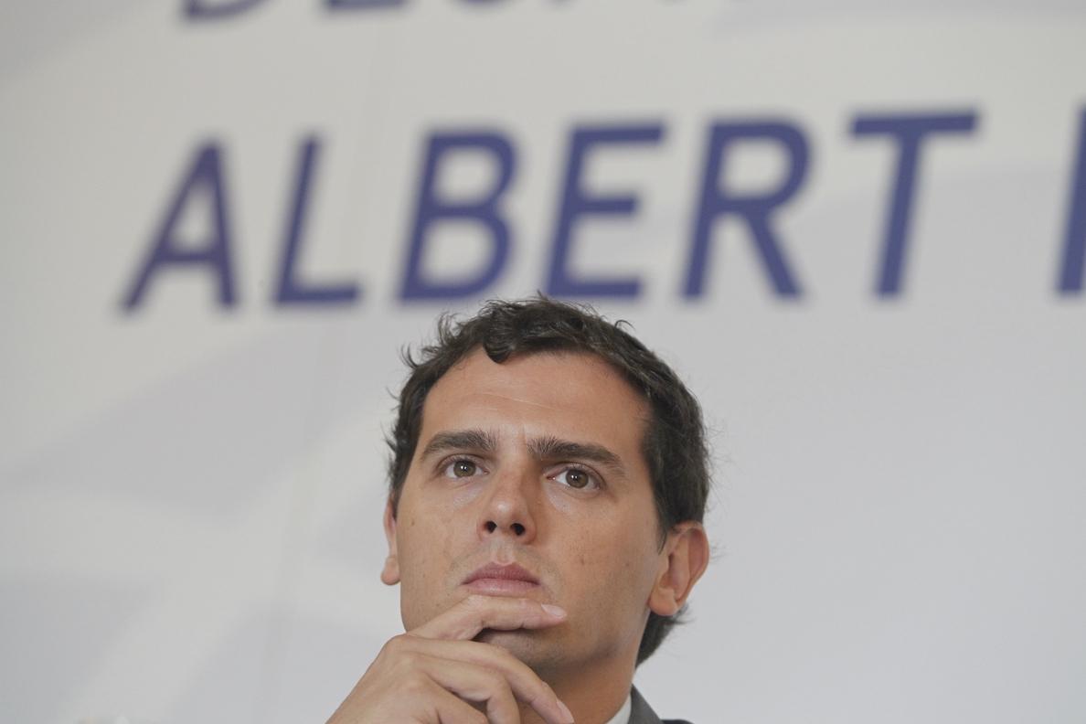 Rivera dice que si es cierto lo que dice Bárcenas sobre la financiación del PP, Rajoy está «inhabilitado» como candidato