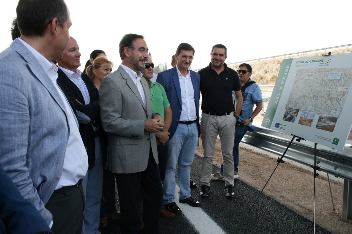 Junta pone en servicio la variante de Albox y anuncia un nuevo tramo de la Autovía del Almanzora para este año