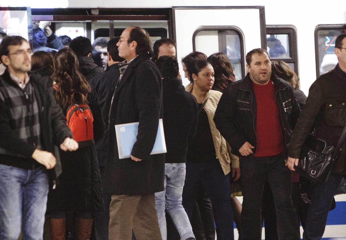 Metro cerrará en la marcha del Orgullo a las 2 de la madrugada y refuerza varias líneas hasta un 83%
