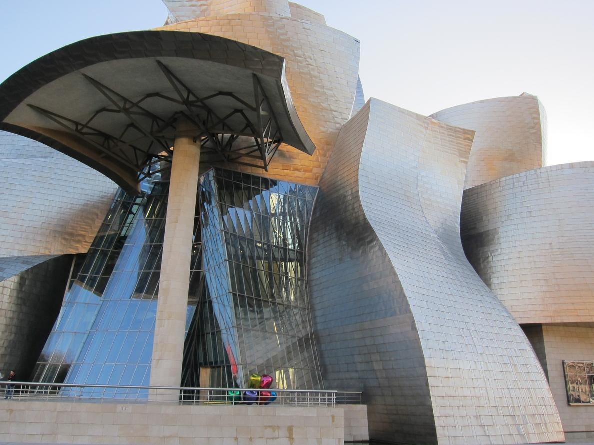 El Museo Guggenheim Bilbao abrirá al público los lunes en julio y agosto