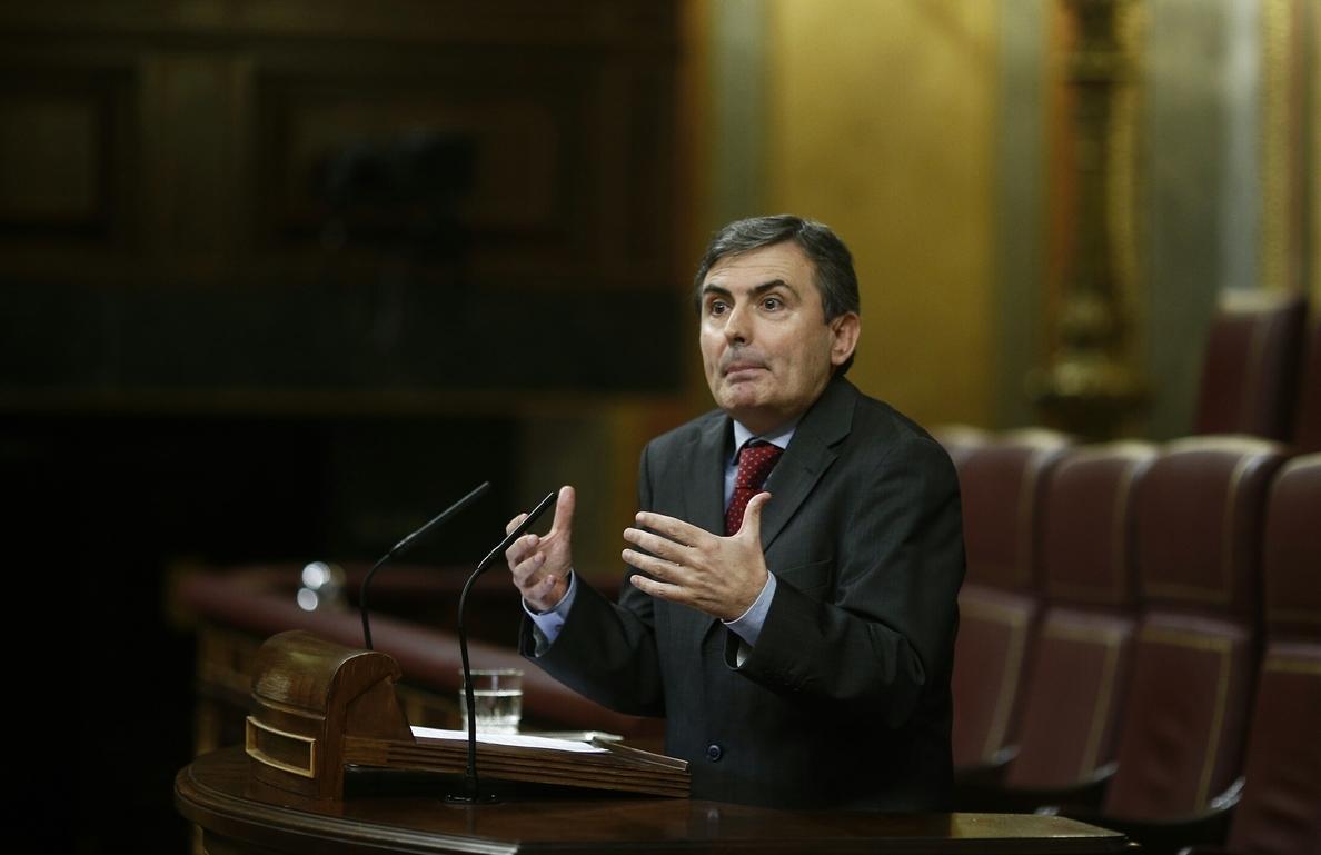 El PSOE exige a Rajoy que adelante las elecciones en vez del Presupuesto porque «es más democrático»
