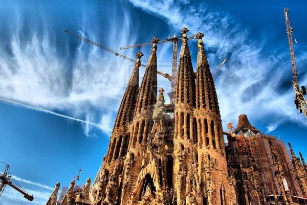 La Sagrada Família traslada al interior la venta de entradas para evitar colas fuera
