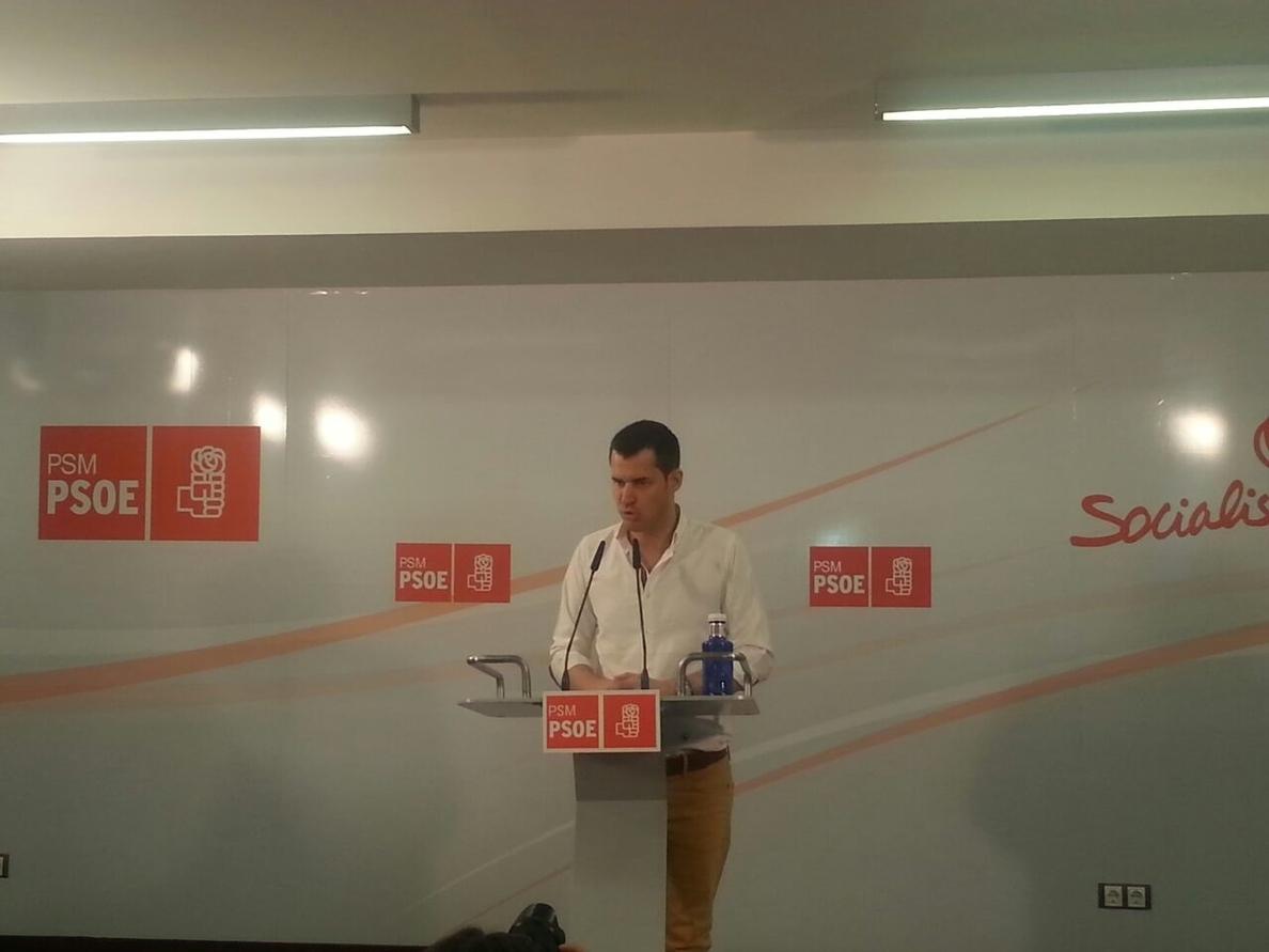 Los exministros Valeriano Gómez y Cristina Narbona y dirigentes de Izquierda Socialista respaldan a Juan Segovia