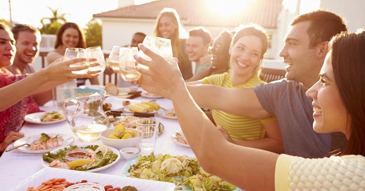El 75-80% del líquido que debe ingerir a diario una persona debe proceder de bebidas