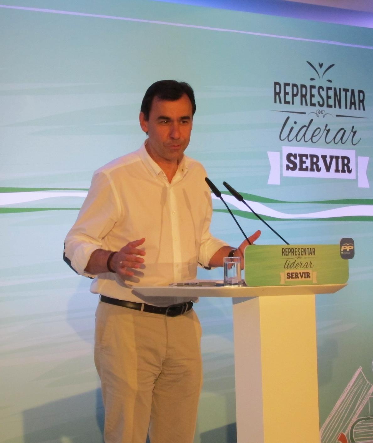 Martínez-Maíllo (PP): «Populismo y socialismo son dos caras de una moneda que lleva al sufrimiento a los más débiles»